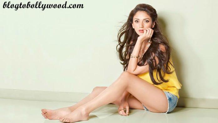 Padmavati Cast Update: Aditi Rao Hydari to join the team as Ranveer Singh's wife!