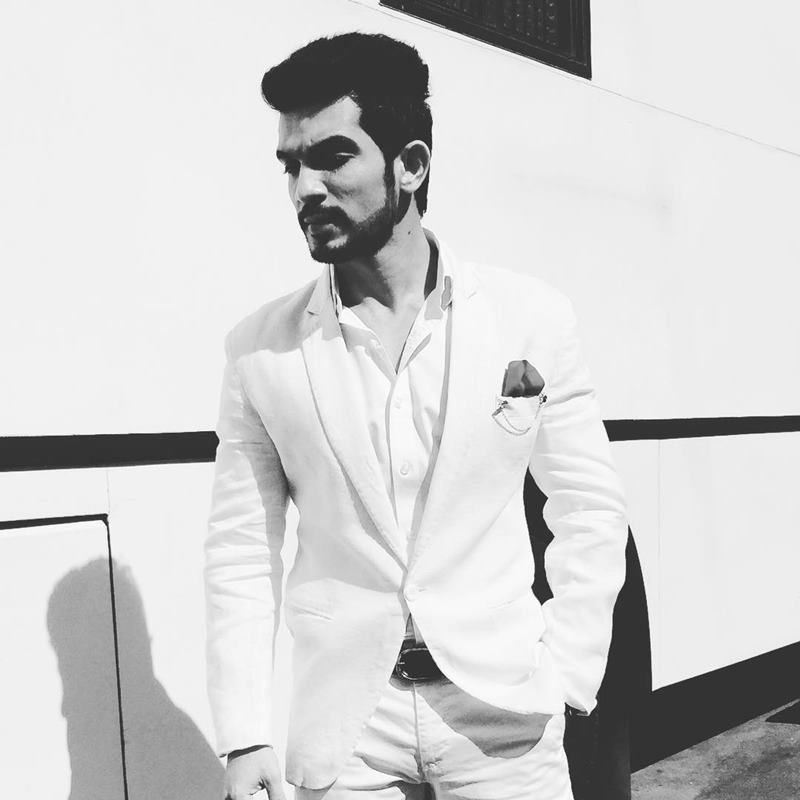 15 Hot Pics of Arjun Bijlani, one of the sexiest men of Indian Television- Arjun Shoot 1