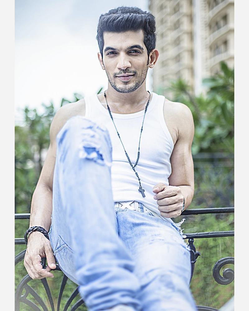 15 Hot Pics Of Arjun Bijlani One Of The Sexiest Men On