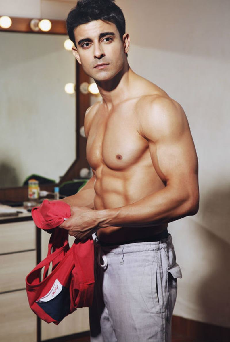 15 Hot Pics of Gautam Rode, one of the hottest hunks of Indian Television-Gautam Abs 1