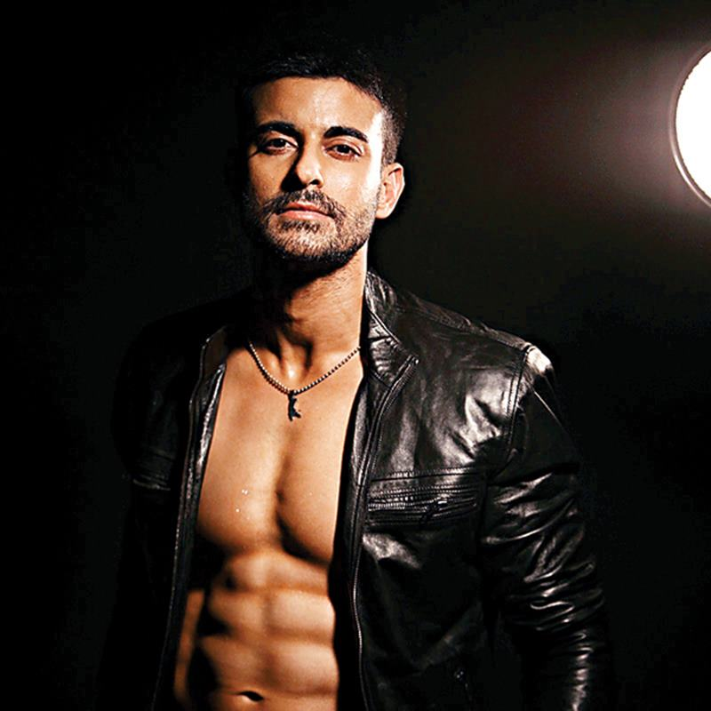 15 Hot Pics of Gautam Rode, one of the hottest hunks of Indian Television-Gautam Beard