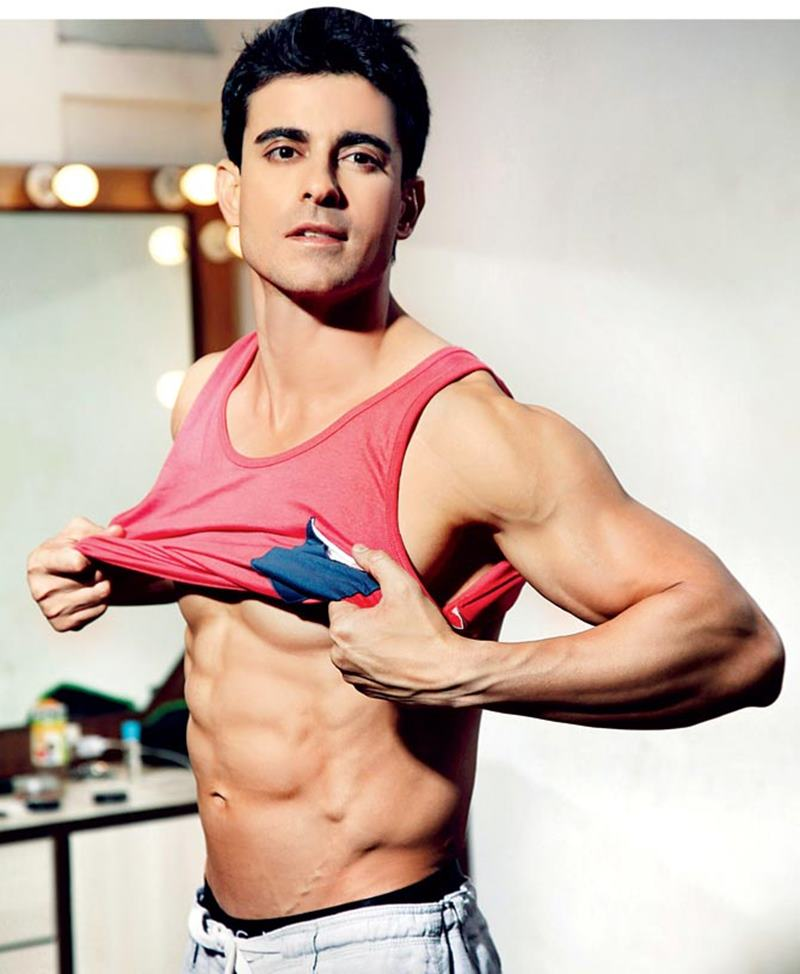 15 Hot Pics of Gautam Rode, one of the hottest hunks of Indian Television-Gautam Strip