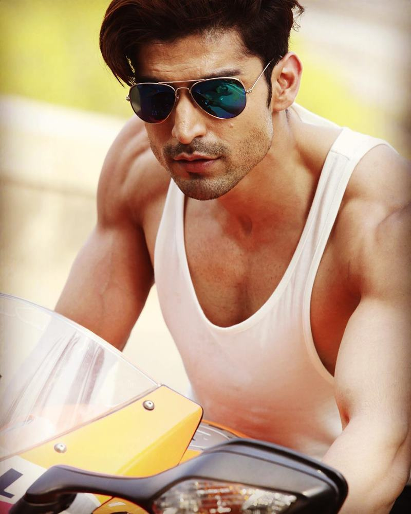 15 Hot Pics of Gurmeet Choudhary that are enough to set fire on your screens- Gurmeet Bike