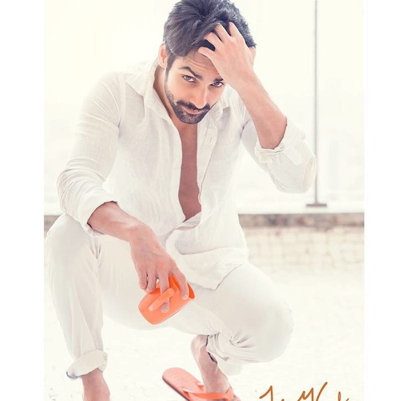 15 Hot Pics of Karan Wahi which prove that the 'Remix' boy is all grown up now- Karan Shoot 4