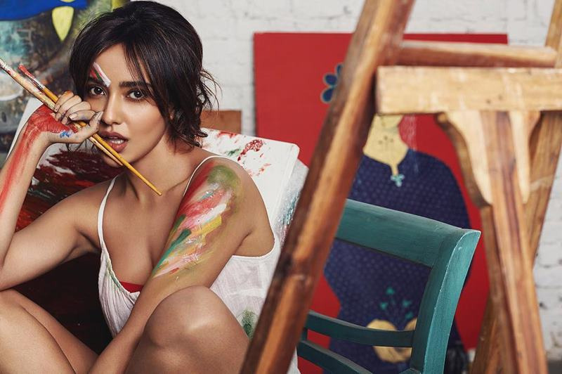 15 Hot Pics of Neha Sharma that are proof enough of her uber hotness!- Neha FHM 4