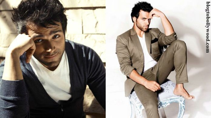 10 Eye-pleasing Pictures of Rithvik Dhanjani, the big star of Small Screen