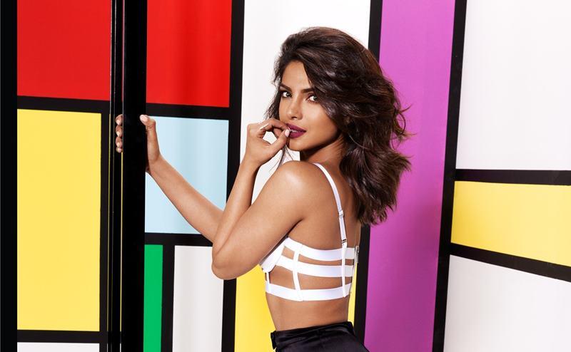 Priyanka Chopra Hot Pics: These Sexy Pictures Of Priyanka Chopra Will Set Your Heart Racing