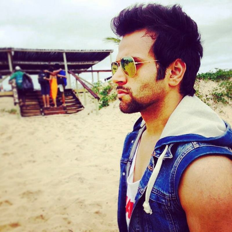 10 Eye-pleasing Pictures of Rithvik Dhanjani, the big star of Small Screen-Rithvik Serious