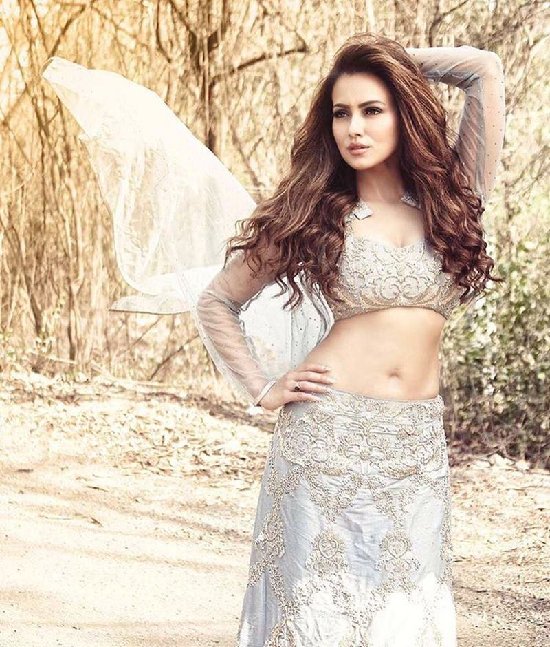 10 Hot Pics of Sana Khan that bring out the oomph in her!- Sana Shoot 6