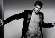Siddharth Malhotra Hot