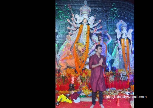 Bollywood celebrates Durga Pooja - Ranbir Kapoor poses in front of the Durga statue