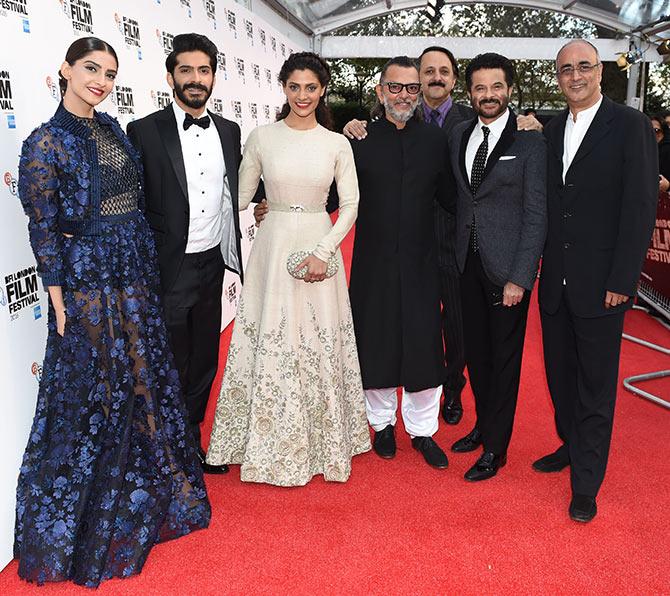 Sonam kapoor with Anil Kapoor, Harshwardhan and Saiyami