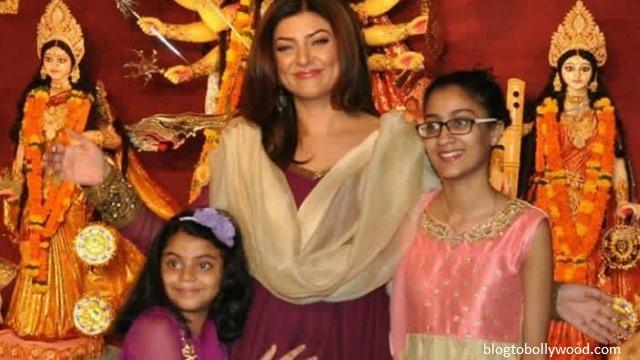 Pics:Bollywood celebrates Durga Pooja - Sushmita