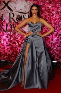 Lux Golden Rose Awards: Deepika