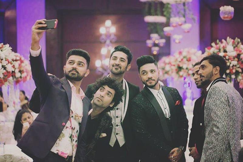 Pictures Inside | The wedding season continues with Raftaar-Komal Vohra's wedding!- Raftaar-Komal 8