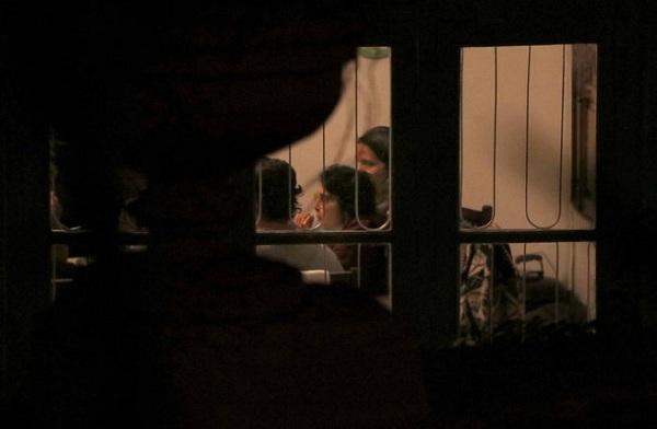 Kiran Rao was seen having food
