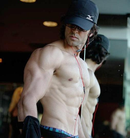 Hrithik Roshan Declared Second Sexiest Asian, Salman, Shahid & Ranveer Also In Top 10