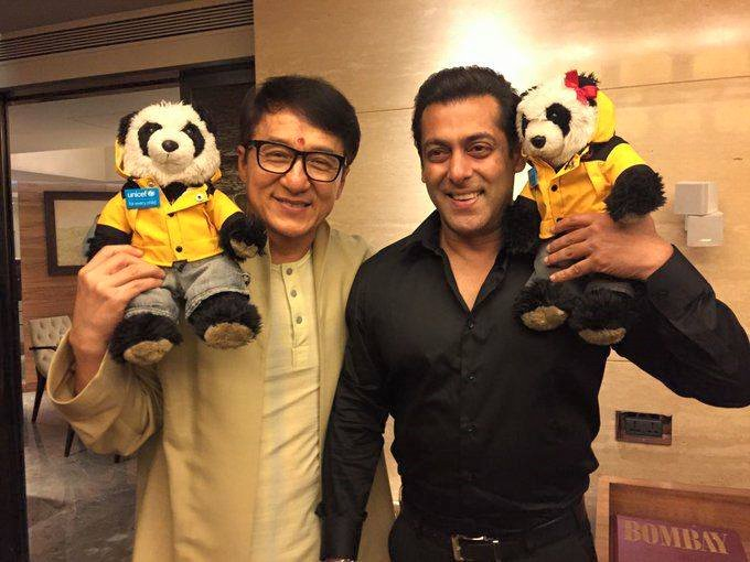Jackie Chan and Salman Khan Looks So Cute In This Pic