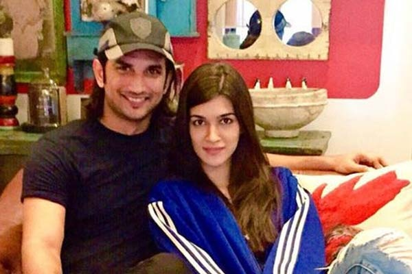 Pic 7: Sushant Singh Rajput And Kriti Sanon's Growing Friendship