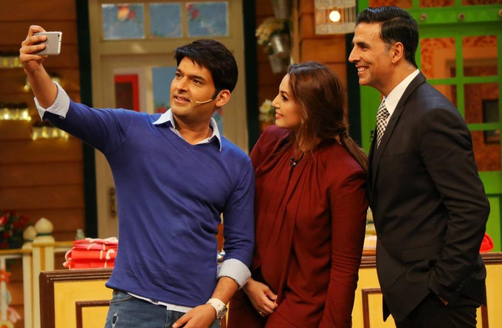 Pics: Akshay Kumar and Huma Qureshi Had A Great Time At TKSS