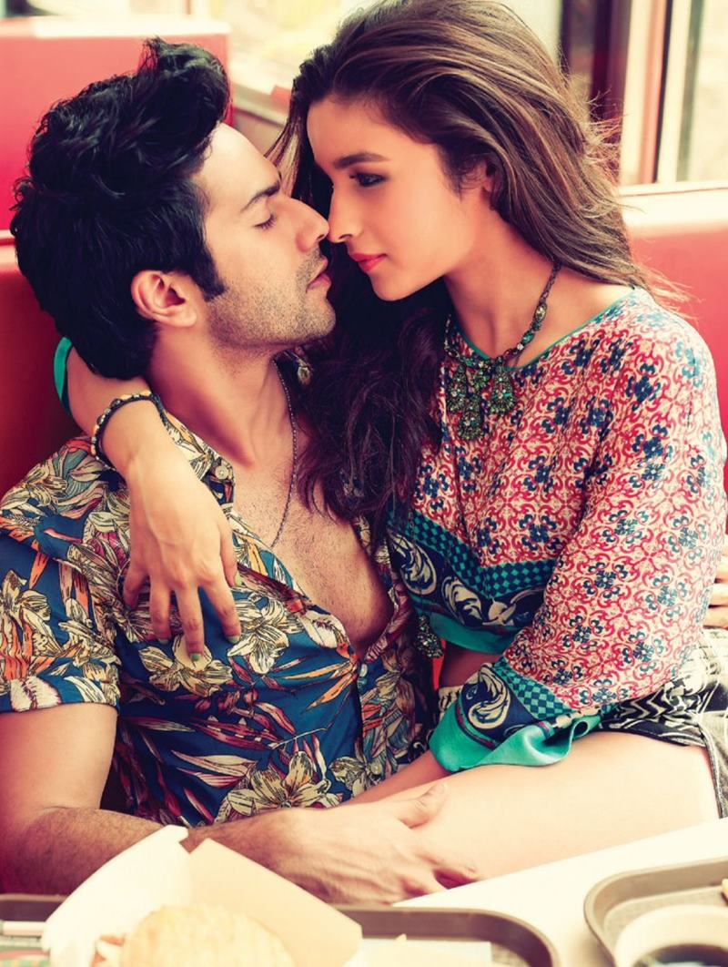 10 Pics of Varun Dhawan and Alia Bhatt which prove they make the cutest B-Town couple!- Alia-Varun 2