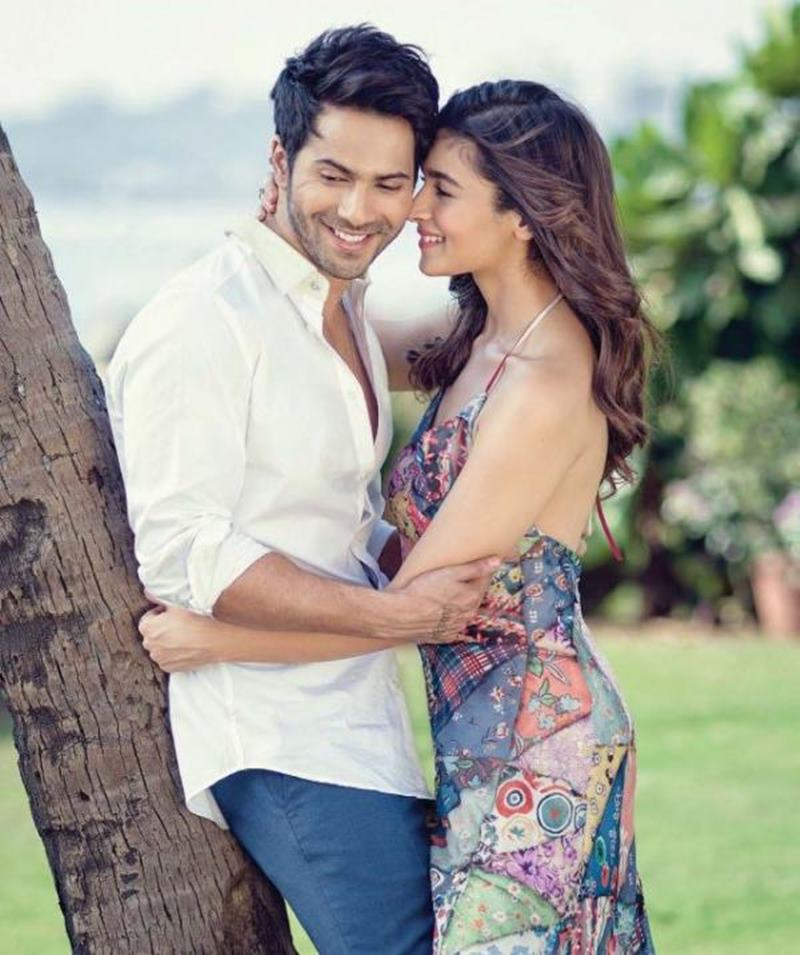 10 Pics of Varun Dhawan and Alia Bhatt which prove they make the cutest B-Town couple!- Alia-Varun 3