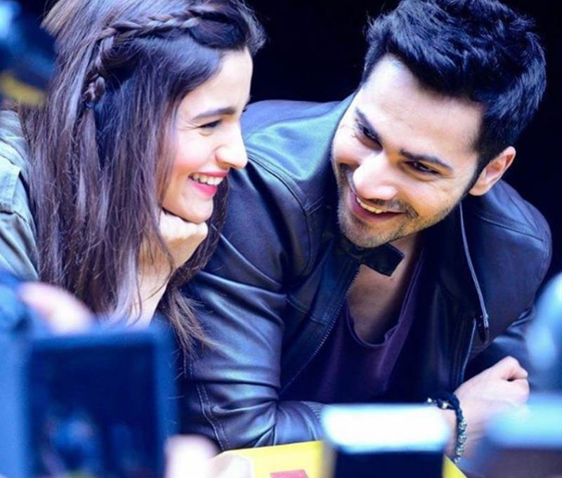 10 Pics of Varun Dhawan and Alia Bhatt which prove they make the cutest B-Town couple!- Alia-Varun 6