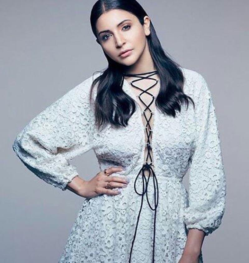 Woah! Anushka Sharma's photo-shoot for Hello! magazine is just so amazing- Anushka Hello 2