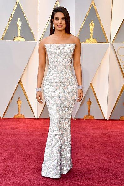 Celebrities Style Files Oscars 2017 - Priyanka Chopra