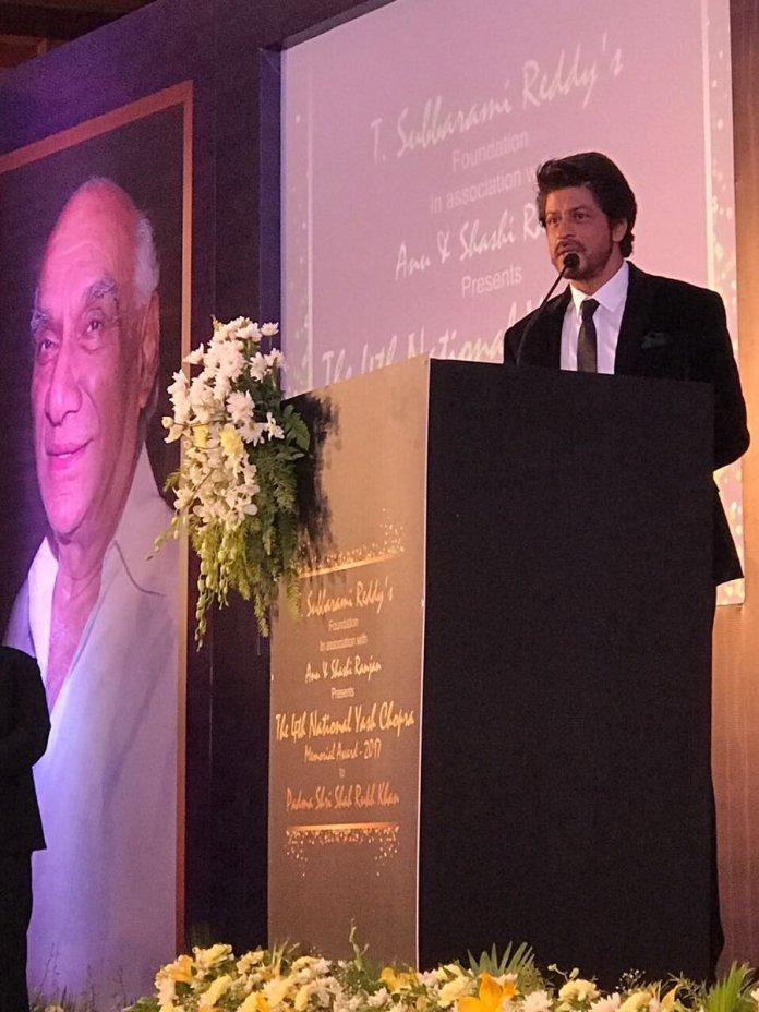 Shahrukh Khan Receives Yash Chopra Award 3
