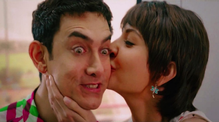Photo: Anushka Sharma Has The Best Birthday Gift For Aamir Khan