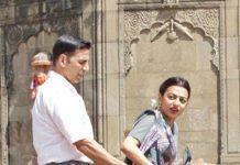 Caught on Camera: Akshay Kumar and Radhika Apte shooting for Padman
