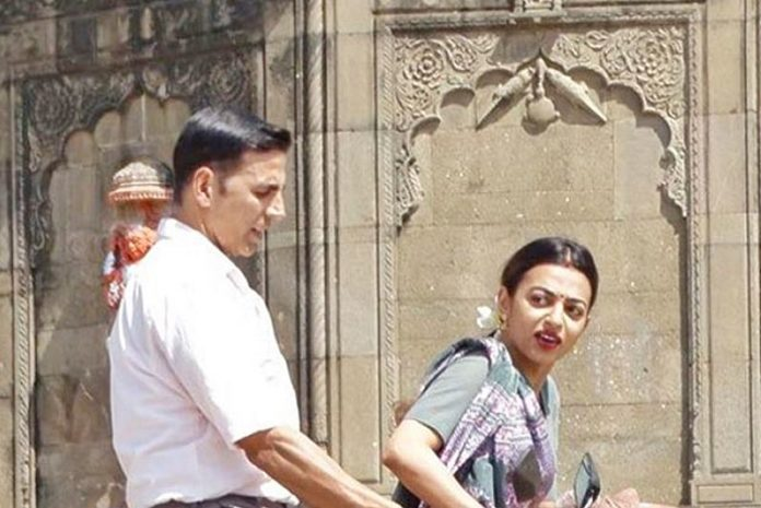 Caught on Camera: Akshay Kumar and Radhika Apte shooting for Padman