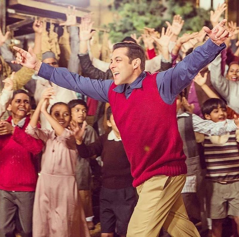 Tubelight Music Rights sold for 20 crores, the movie will have only three songs!