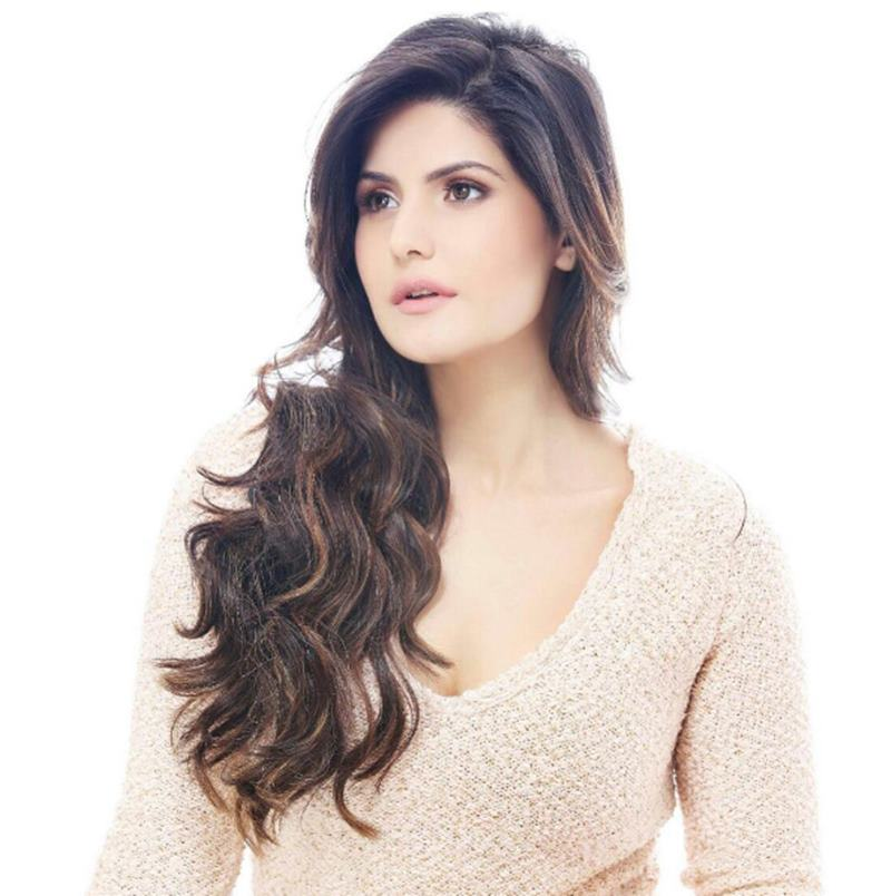 10 Hot Pics of Zareen Khan which prove that curves are super-hot!- Zareen 9