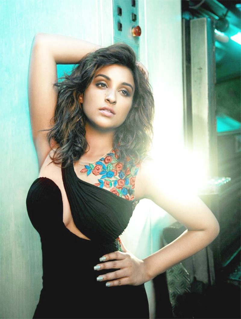 Check out these Parineeti Chopra Hot Pics that will restore your faith in natural beauty!8