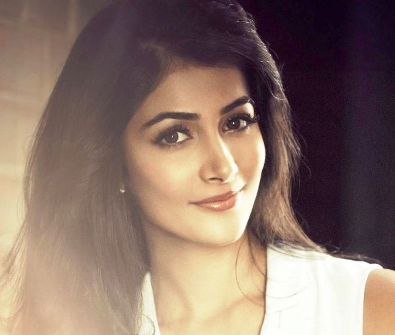 Poll Time: Who is the Most Promising New Actress in Bollywood?- Pooja