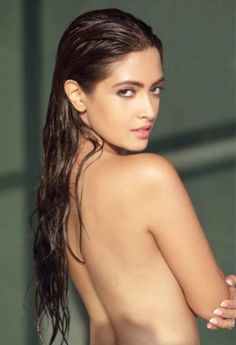 HOT HOT HOT! These topless pics of Riya Sen are setting the temperature soaring- 1