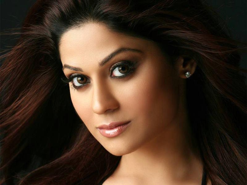 Star Siblings who failed to make it big in Bollywood-Shamita