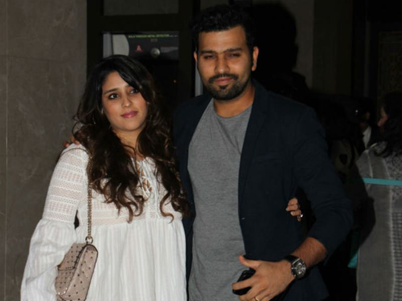 Zaheer Khan-Sagarika Ghatge are officially engaged now, check out the pics here- 9