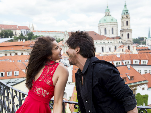 Jab Harry Met Sejal Box Office Prediction: Shah Rukh, Anushka's Film To Earn 20+ Crores On First Day