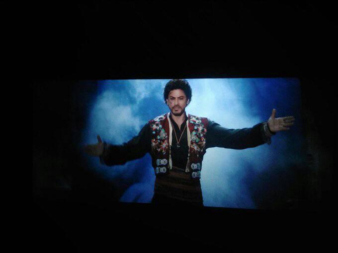 SRK's look in tubelight