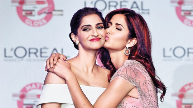 Sonam angry with Ranbir for comparing her fashion with Katrina's
