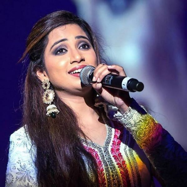 These stars started their career with reality shows - Shreya Goshal
