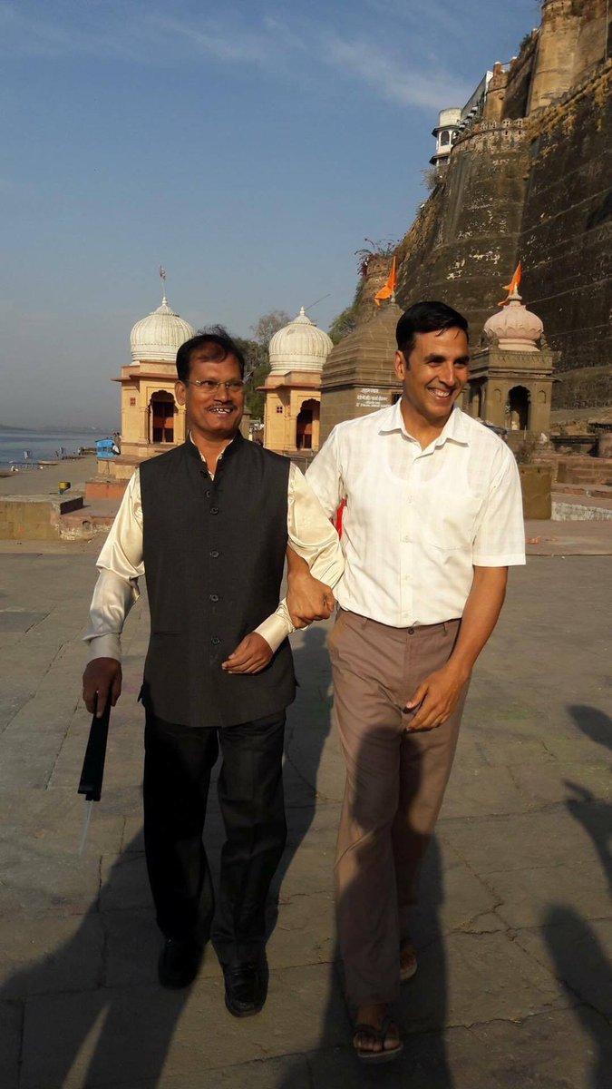 Arunachalam Muruganantham and Akshay Kumar