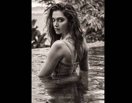 Deepika padukone hot filmfare 4