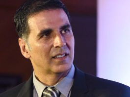 Akshay Kumar extends help to Mumbai theatres