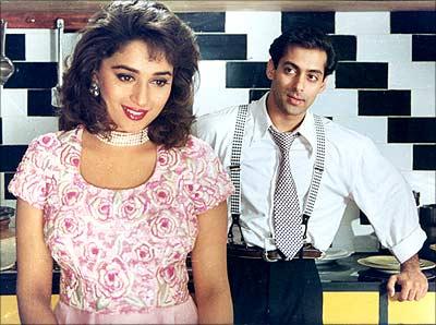 Salman and Madhuri In A Still From Hum Apke HAi Koun